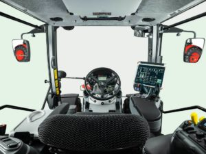 M7003_Studio_Cab_front