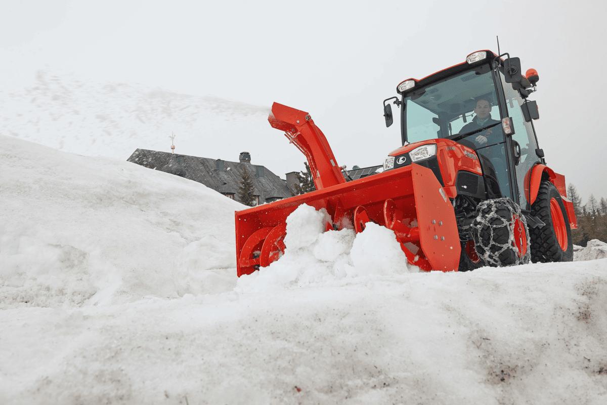 Snow_Thrower_L1351_1_HQ